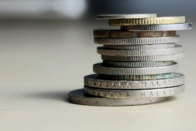 Why Businesses Should Spend Less Money?