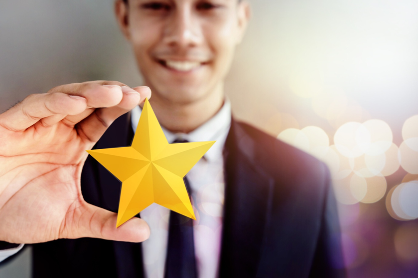 5 Meaningful Ways to Celebrate Employee Recognition In the New Year
