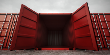 5 Steps on How to Pick the Perfect Shipping Container for Storage