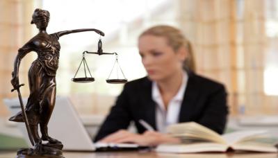 How Much Does It Cost to Hire a Personal Injury Lawyer?